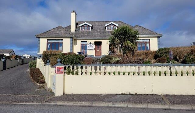 Sand Dune House,  Sea Road, Bundoran, Co. Donegal